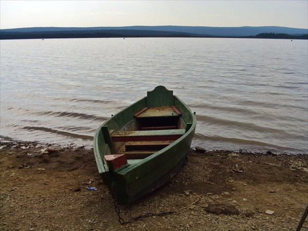 Озеро-водохранилище Зюраткуль.