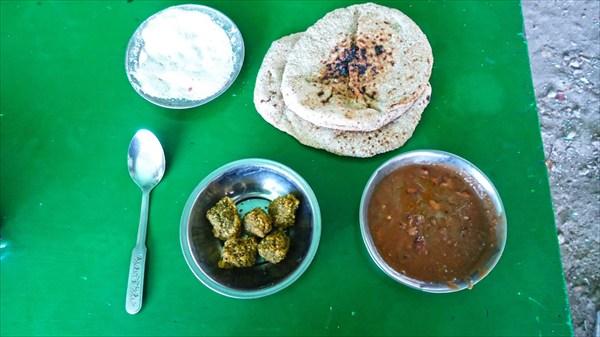 Национальная еда фуль и филяфиль