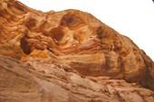 Вышли из каньона - цвет гор поменялся