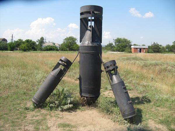 Памятник бомбёжкам