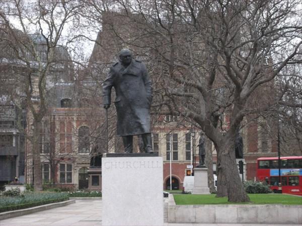 Winston-churchill-statue