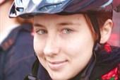 а у девушки шлем под цвет глаз:)))