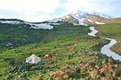 вид на гору из лагеря 3200