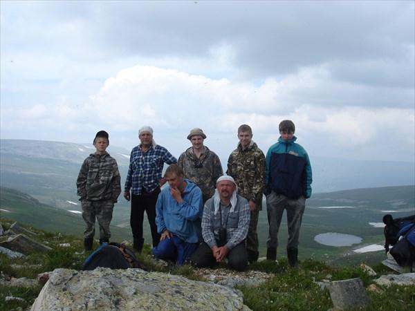 Наша группа на перевале 2020 м