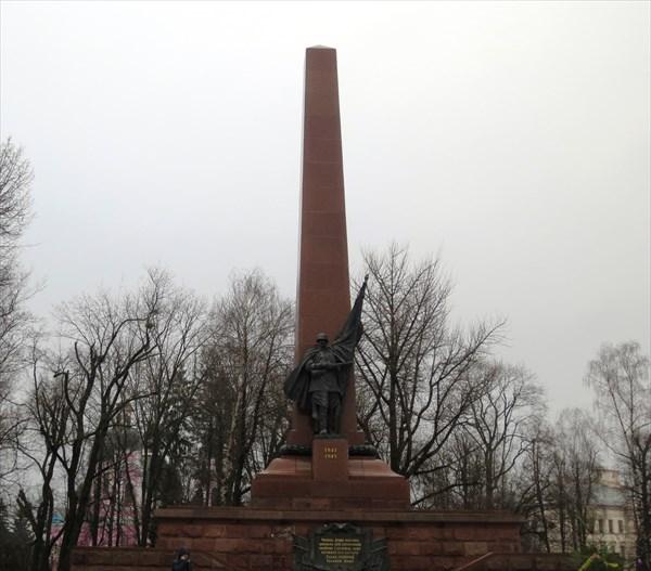 Монумент Победы (Черновцы)