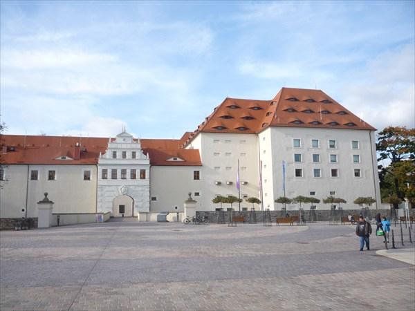 Замок, в котором хранится коллекция