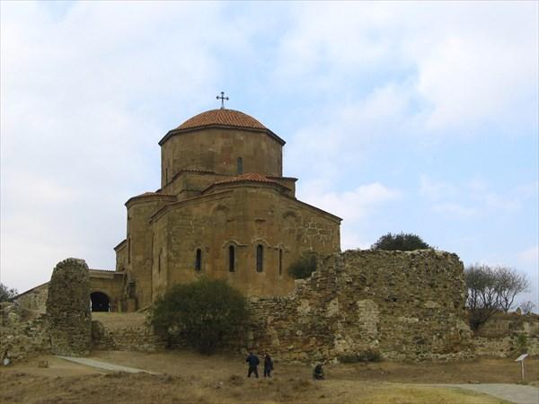 В окрестностях Мцхеты ,собор Джвари