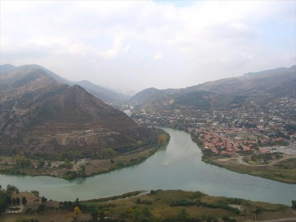 Вид на Мцхету ,слияние Куры и Арагви