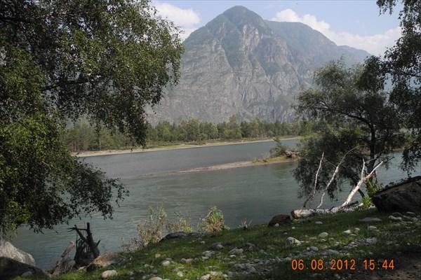 После впадения реки Башкаус.