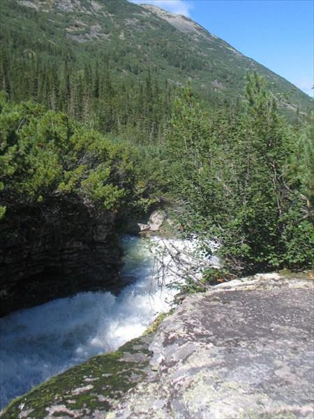 Фото 15. Водопадный каньон в верховьях Левой Фролихи
