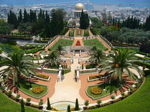 Хайфа, Бахайские сады