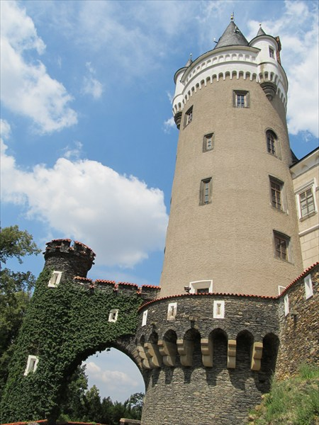 Замок Zleby