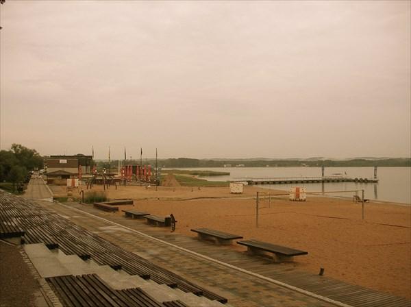 Озеро и пляж