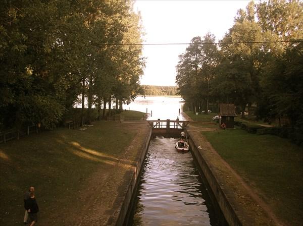 Августов канал