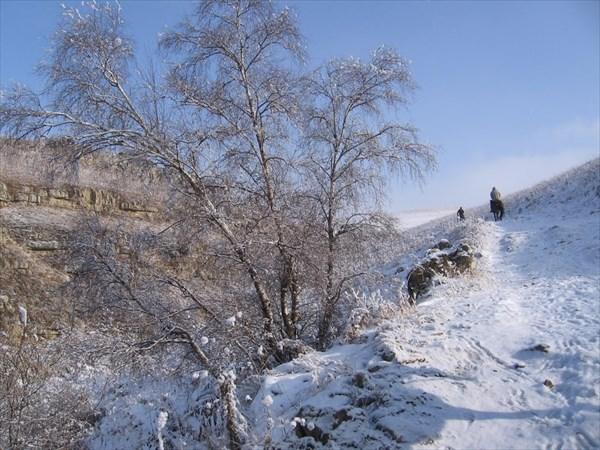 на фото: Горы зимой кавказ
