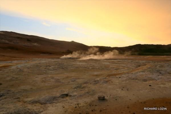 Серные поля - зона геотермической активности Namafjall. Исландия