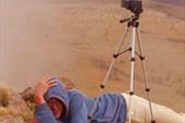Кирилл с видеокамерой снимает наступление облака