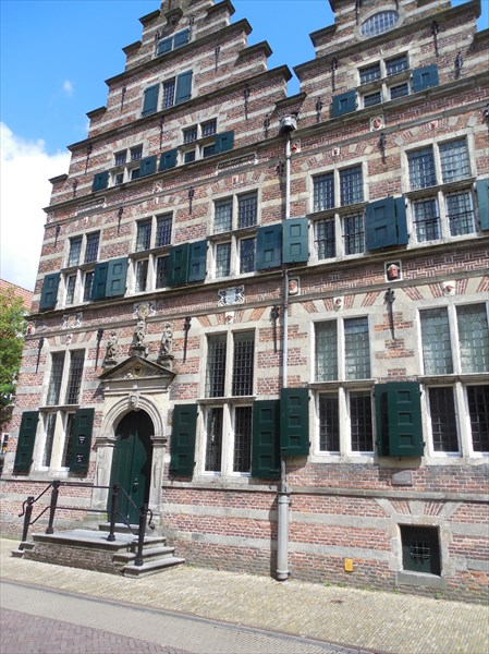 Старая ратуша Нардена