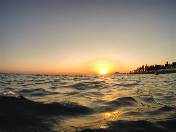 Утопающее море