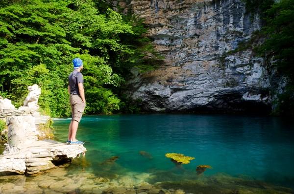 """""""Голубое озеро"""" Абхазия."""