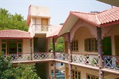 Gayatri Hotel, Ришикеш