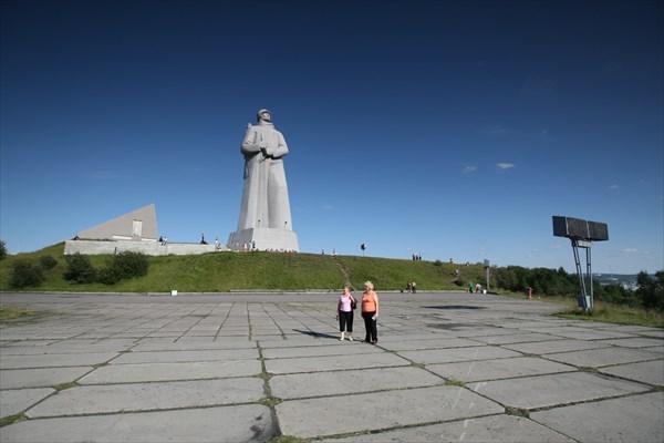 Мурманск. Памятник Алеше