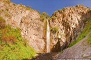 Водопад в ущелье Кегеты