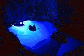 Голубой Грот на острове Бишево