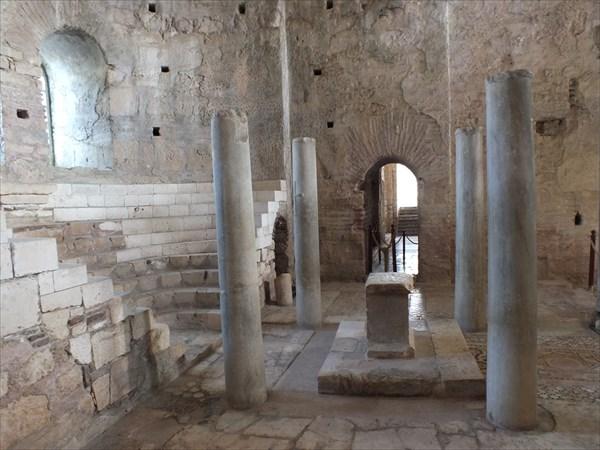 Демре (Миры ликийские). Храм в котором служил Николай Чудотворец