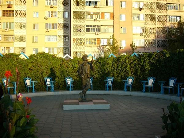 Памятник Остапу