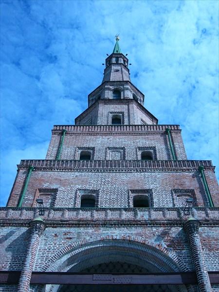 Наклонная башня