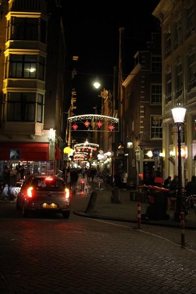 Улица  Zeedijk