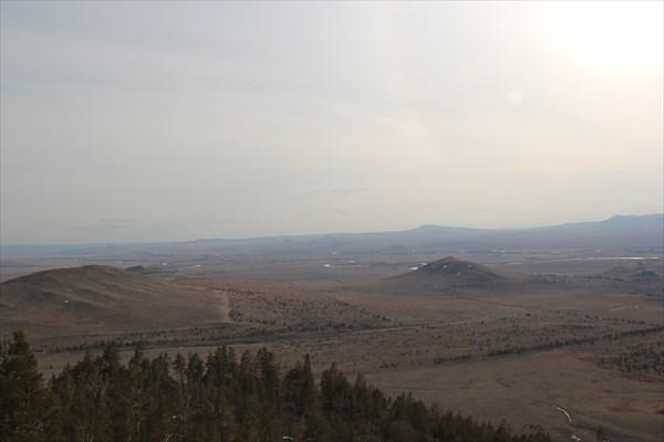 Впереди Тугнуйская долина