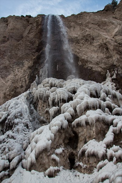 Водопад Азау  и ледяные пагоды