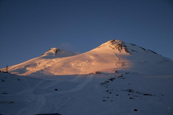 Закат на Эльбрусах