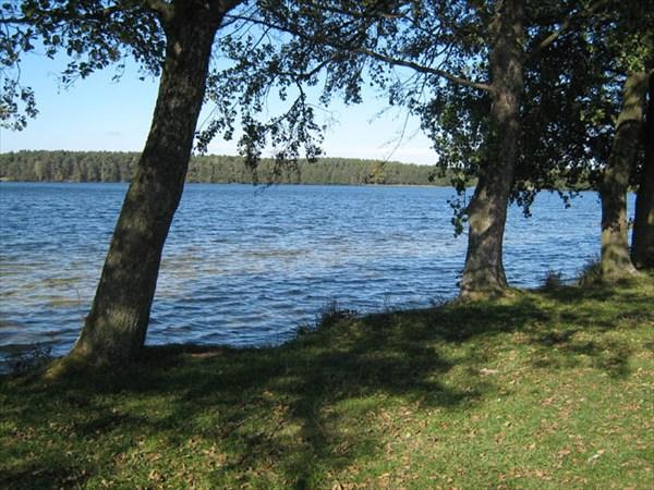 Озеро в с.Тур