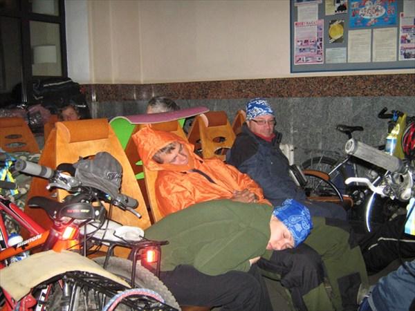 В ожидании поезда Ковель - Симферополь