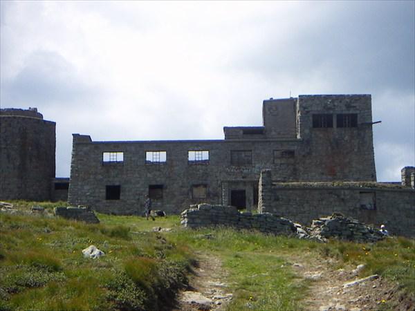 Обсерватория на горе Поп-Иван