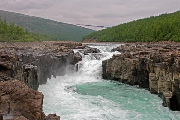 Первый водопад Хонна-Макита