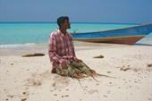 Бирюзовый океан, белый песок,крупные лобстеры