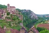 Старинный городок на реке Лот. Утверждают, что 13 век.