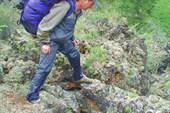 Андрей пешком по лаве.