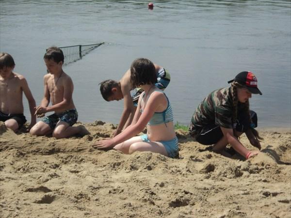 Пляж в Задонске