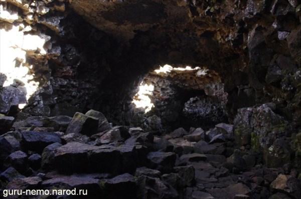 Пещера Raufarholshellir