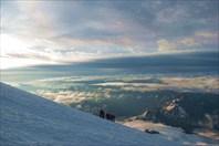 Восхождение. Вид на Кавказ с высоты 5000 метров-гора Эльбрус