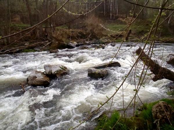 Порог на реке Серена.