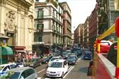 На улицах Неаполя