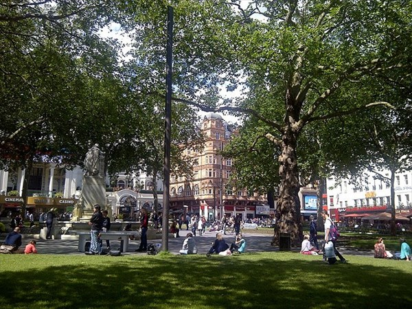 070-Leicester Square