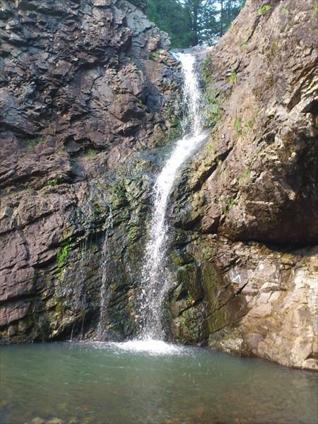 Водопад на Макарачке 2-м