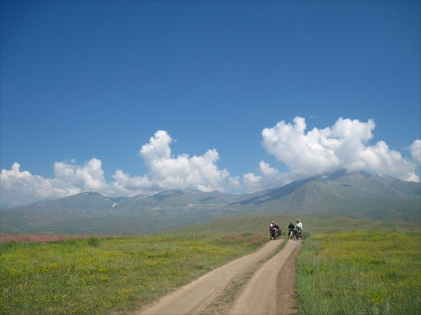 Дорога к п.Суусамыр